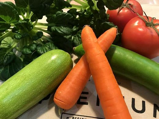 """""""丑""""蔬菜制成海苔片状 机械设备使其变为颜值担当"""