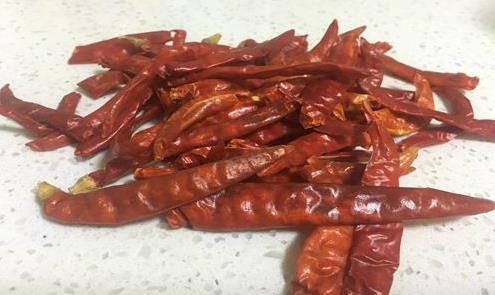 辣椒产业发展红红火火 深加工市场需尽力开拓