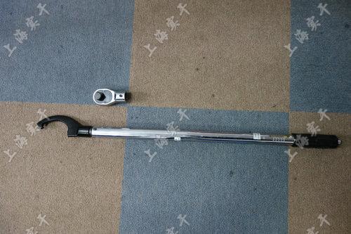 汽车制造厂用的月牙扭矩扳手图片