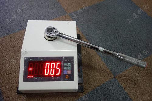 非标定制扭力扳手鉴定仪图片